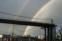 Arc-en-ciel dans le ciel Arc-en-ciel après la pluie Bel arc-en-ciel de sept-couleur image libre de droits