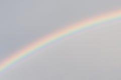 Arc-en-ciel dans le ciel Photos stock