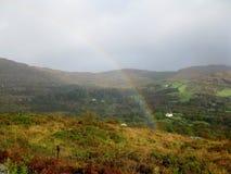 Arc-en-ciel dans le sud-ouest Irlande Images libres de droits