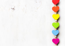 Arc-en-ciel de coeur de couleurs sur un fond blanc Photo stock