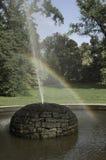 Arc-en-ciel de fontaine Images libres de droits