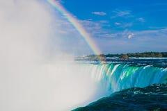 Arc-en-ciel de Niagara Falls Image libre de droits