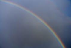 Arc-en-ciel et Rainclouds Image libre de droits