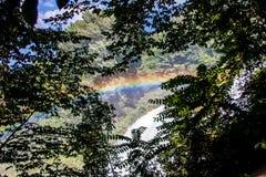 Arc-en-ciel sur des cascades du ` s de Marmore Photographie stock libre de droits