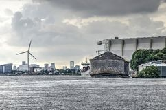 Arca del ` s de Noah e industria moderna fotos de archivo