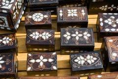 Arca do tesouro com embutimento da madrepérola fotos de stock