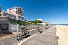 Arcachon, Франция, путь велосипеда на набережной Стоковые Изображения