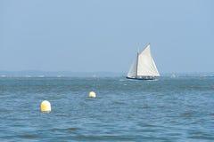Arcachon, Francia, barca a vela nella baia Fotografia Stock