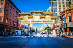 Arcada da amizade no Washington DC do bairro chinês, EUA fotografia de stock