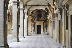 Arcada en centro de Bolonia Imagen de archivo