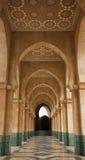 Arcada en la mezquita de Hassan II Fotos de archivo