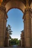 Arcada hermosa en el palacio de bellas arte, San Francisco Foto de archivo
