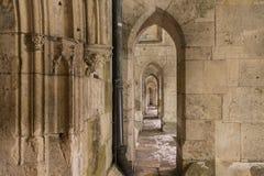 Arcada na catedral em Regensburg, Alemanha Foto de Stock