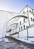 Arcadas do monastério de Kiev Pechersk Lavra foto de stock