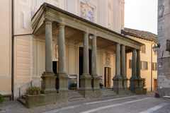 Arcade της εκκλησίας SAN Giovanni Battista, Sassello, Ιταλία Στοκ φωτογραφία με δικαίωμα ελεύθερης χρήσης