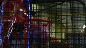 Arcade Basketball Game, centro commerciale di Ekkamai dell'ingresso, Bangkok, Tailandia video d archivio