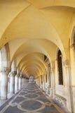 Arcade Palazzo Ducale στην πλατεία SAN Marco στη Βενετία, Ιταλία Στοκ φωτογραφία με δικαίωμα ελεύθερης χρήσης