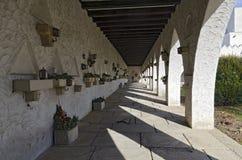 Arcades με τους τάφους για τα cinerary δοχεία Στοκ φωτογραφία με δικαίωμα ελεύθερης χρήσης