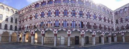 Arcades Badajoz της υψηλής πλατείας Στοκ φωτογραφία με δικαίωμα ελεύθερης χρήσης