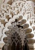 Arcades dans le palais d'Aljaferia à Saragossa, Espagne photo libre de droits