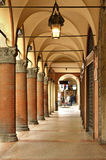 Arcades de ville de Bologna l'Italie Photo stock