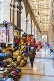 Arcades près de Piazza Repubblica à Florence, Italie Photos stock