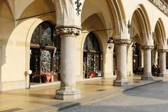 Arcades van de Doekzaal in Krakau Stock Afbeeldingen