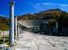 Arcadian väg i Ephesus, Turkiet arkivfoto