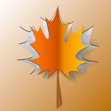 Arce Autumn Leaf Cut From Paper Imágenes de archivo libres de regalías