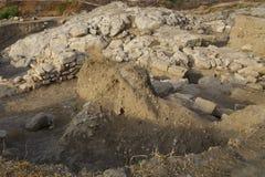 Archäologische Aushöhlungen einer alten Struktur Stockfotos