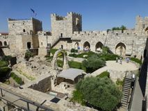 Archäologischer Park nahe dem Turm von David in Jerusalem stockbild