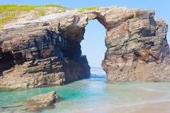 Arché di pietra su Playa de las Catedrales Fotografie Stock