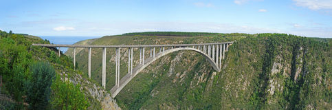Arch Bridge on the Garden Route. The Bloukrans Bridge is the highest bridge in Africa, road bridge with a bungee jumping platform, landscape along the Garden Stock Photo