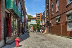 Arch in Chinatown De La Gauchetiere street. Square in Old Montréal Royalty Free Stock Photography