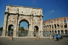 The arch of Constantine (Arco di Constantino). — a three-span arch in Rome between the Colosseum and the Palatine on the ancient Via Triumphalis Stock Photography