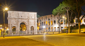 The Arch of Constantine and Colosseum in Roma Stock Images