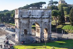 Arch of Constantine near colosseum in Rome Stock Photos