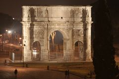 Arch of Constantine Night (Rome - Italy - Europe). Arch of Constantine (Rome - Italy - Europe) - Triumphal arch in Rome, situated between the Colosseum and the Stock Image