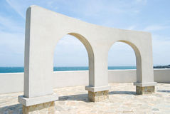 Arch door decoration near ocean Royalty Free Stock Photography
