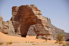 Arch in Libyan desert Royalty Free Stock Photos