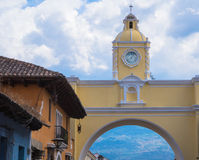 Arch over street in Antigua Guatemala Stock Images