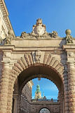 Arch of parliament and Drottninggatan street in Stockholm Royalty Free Stock Photography