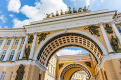 The arch of Russian army general staff on Palace Square in St.Petersburg Stock Photo