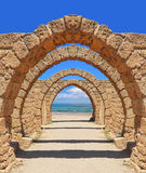 Arch to the sea Royalty Free Stock Photos