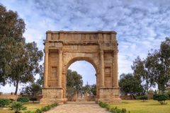 Arch of triumph in Sbeitla, Tunisia Stock Photography