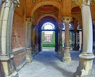 Free Arched Brick Entrance And Corridor With Columns Stock Photography - 107883952