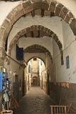 Arched walkway in Essaouira Royalty Free Stock Photography