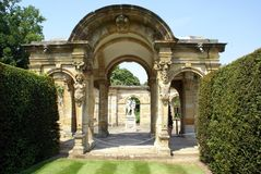Arched way and statues, Hever castle, Kent, England Stock Photos