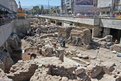 Archeolodzy kopią stare ruiny Antyczny Serdika w centrum Sofia, Bułgaria †'Aug 29, 2012 Odgórny widok Antyczny Stary Serdica Obrazy Royalty Free