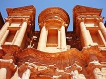 Archeological περιοχή της Petra Ιορδανία - αγγελία Deir - το μοναστήρι Στοκ Εικόνες